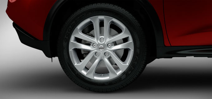 17 inch 5-split-spoke aluminum-alloy wheels