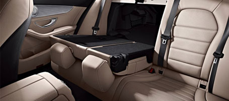 2016 Mercedes-Benz C-Class Sedan Split-folding rear seats
