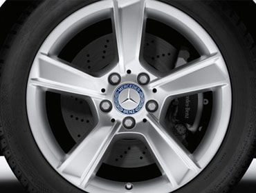 17-inch 5-spoke wheels