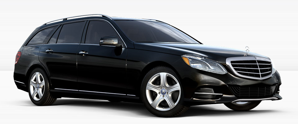 https://apollo.carweek.com/usite/1658/images/_0003_2016-Mercedes-Benz-E350-4MATIC-SUV-Hero-1.jpg