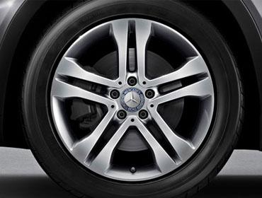 18-inch twin 5-spoke wheels