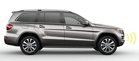 2016 Mercedes-Benz GL SUV LED headlamps and fiber-optic LED taillamps