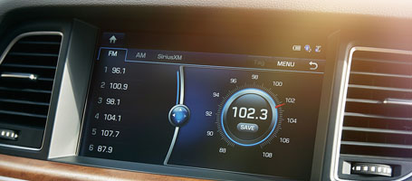 Lexicon® Audio System With Discrete Logic 7® Surround Sound Processing
