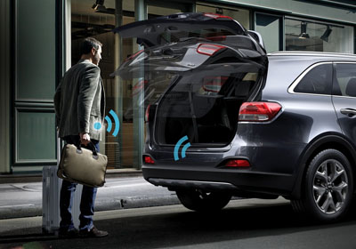 Smart Power Liftgate.