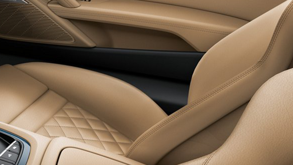 2017-audi-r8-spyder-interior-leather-package.png