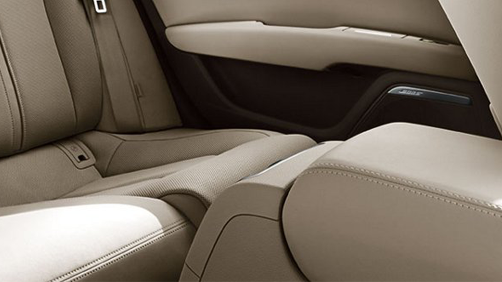 2017_Audi_A7_interior_leather.png