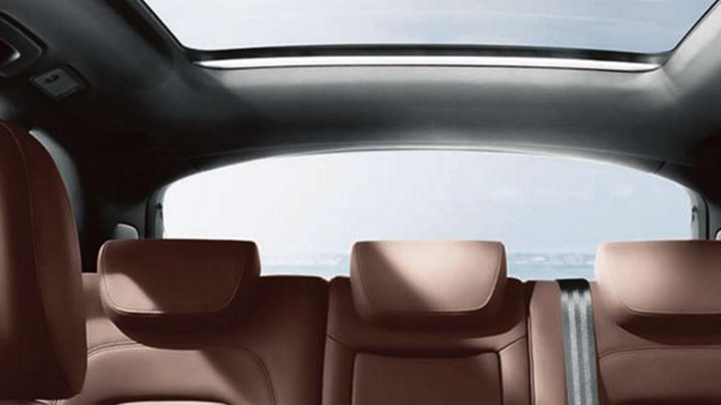 2017_Audi_Q5_interior