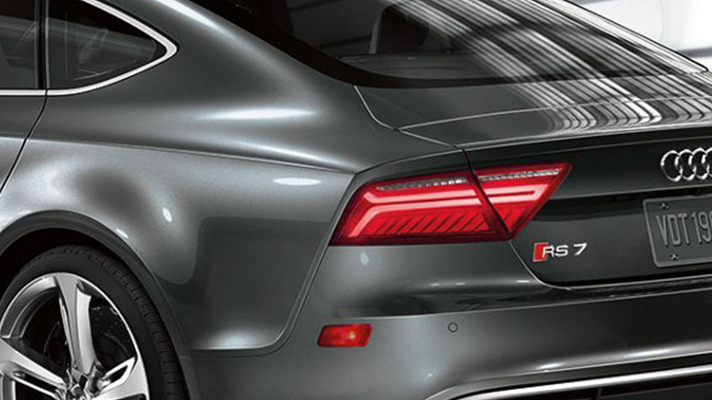 2017_Audi_RS7_exterior_taillights.png