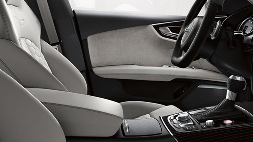 2017_Audi_RS7_interior_twelvewayseat.png