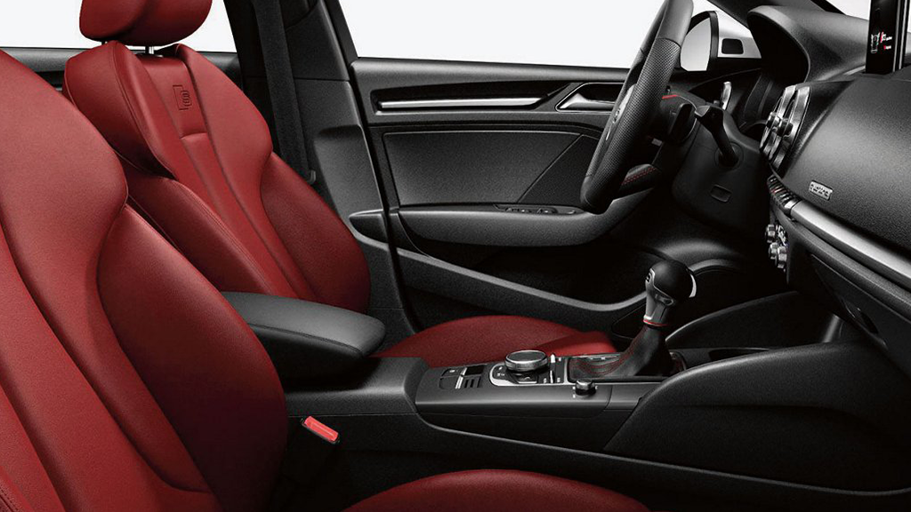 2017_Audi_S3_interior_leatherseating_v2.png