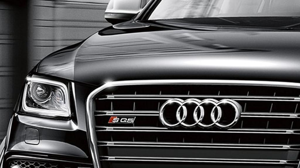 2017_Audi_SQ5_exterior_headlights_v2.png