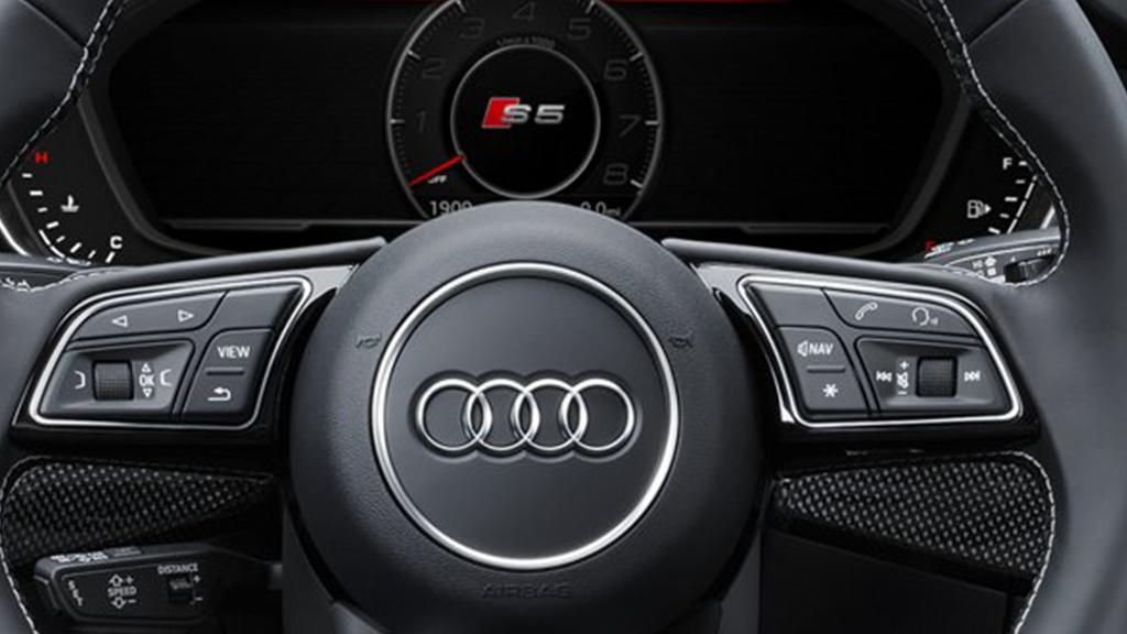 2018-Audi-S5-Coupe-gallery-steeringwheel-v2.png