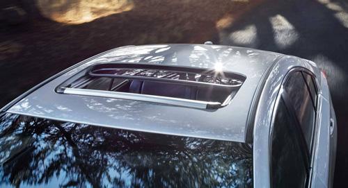 2015 Subaru Legacy Moonroof